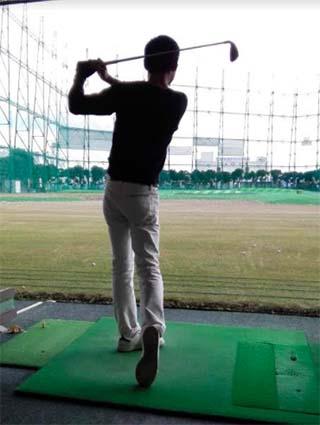 ゴルフ始めました。