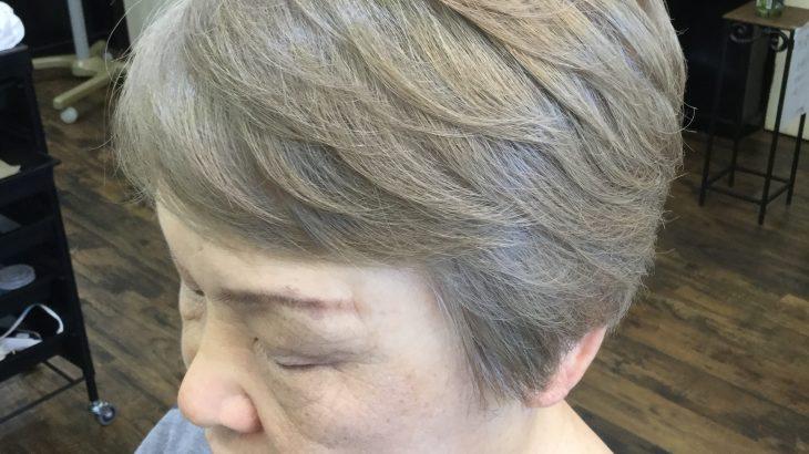 女性常連様 明るいヘアカラーが好き