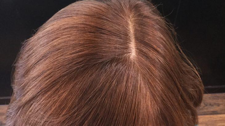 痛んだ髪もヘアカラーでツヤ髪に修復できます!